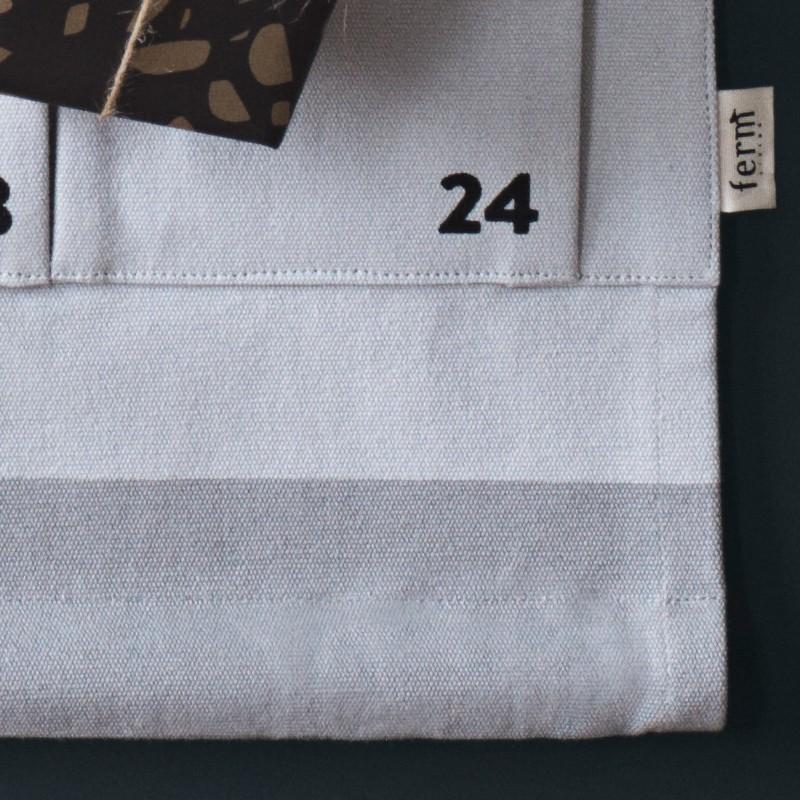 christmas calendar grey stadtlandkind. Black Bedroom Furniture Sets. Home Design Ideas